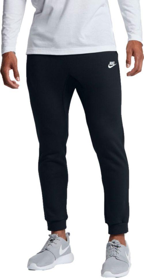 6d46f793a7e0 Nike Men s Sportswear Club Fleece Joggers