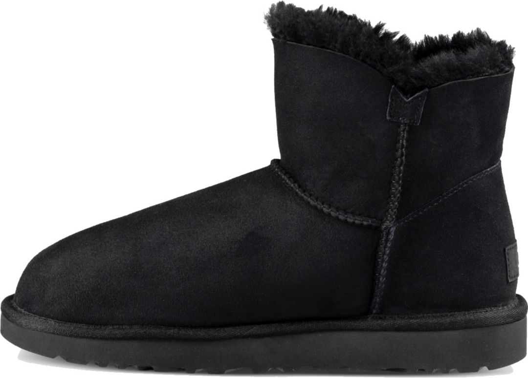 a20fea35946 UGG Women's Mini Bailey Button Winter Boots