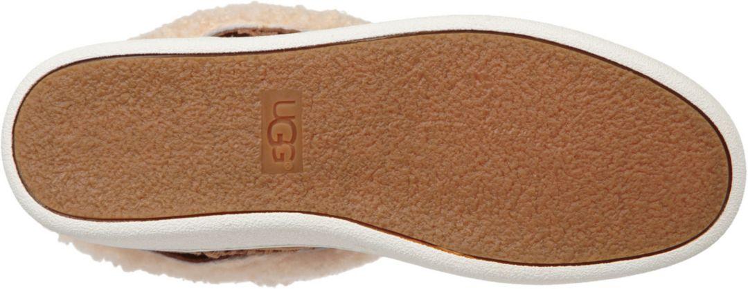 b53b6300eb3 UGG Women's Mika Classic Sneaker Casual Shoes