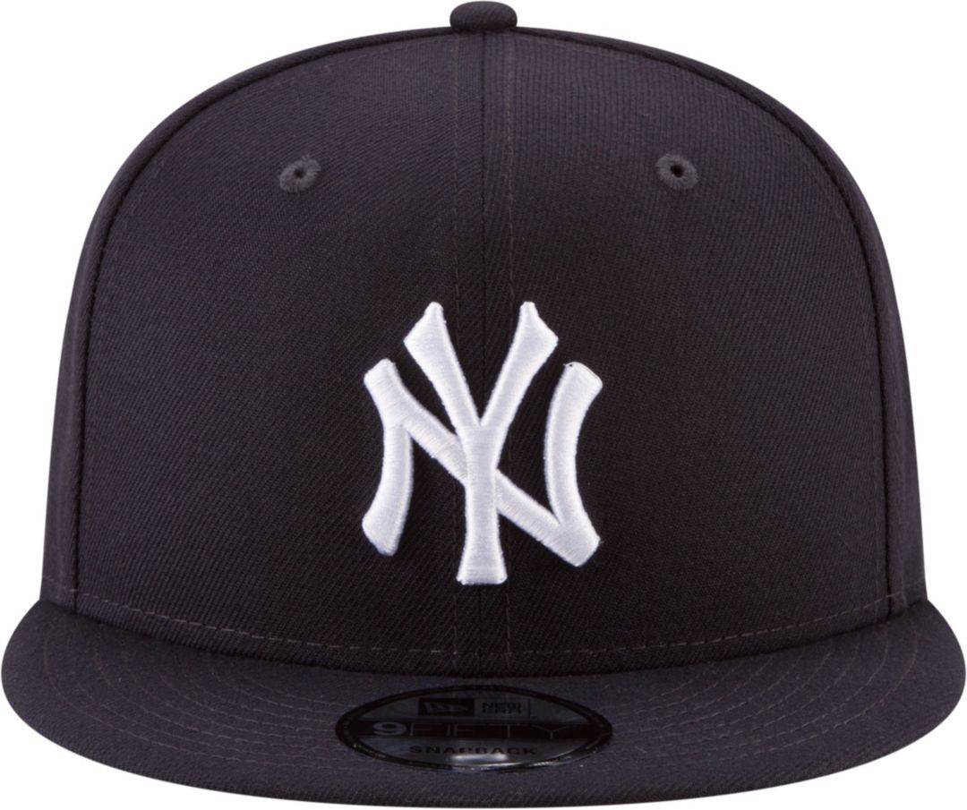 d3cf2654 New Era Men's New York Yankees 9Fifty Adjustable Snapback Hat