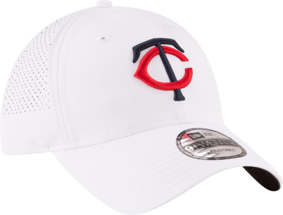 finest selection e0434 e454e New Era Men s Minnesota Twins 9Twenty Adjustable Hat. noImageFound. Previous.  1. 2. 3