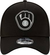 New Era Men's Milwaukee Brewers Black 39Thirty Clubhouse Stretch Fit Hat product image