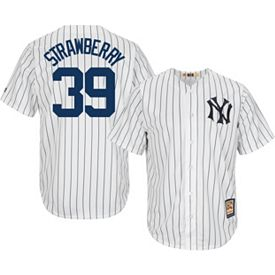 Majestic Men s Replica New York Yankees Darryl Strawberry Cool Base White  Cooperstown Jersey 630232b1640