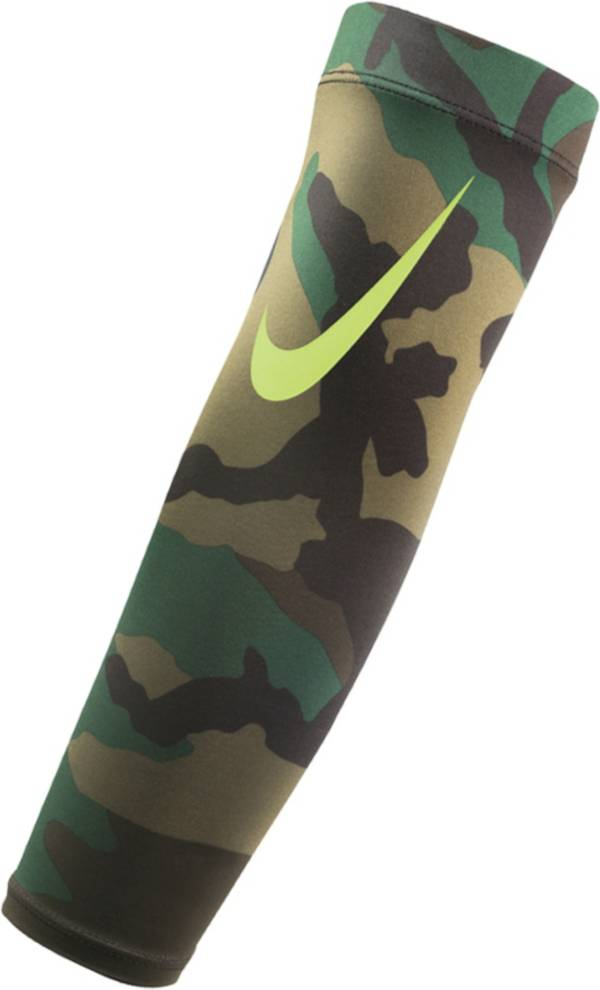 Nike Adult Pro Dri-FIT 3.0 Arm Shiver product image