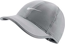 03021920d Nike Women's Feather Light Adjustable Hat