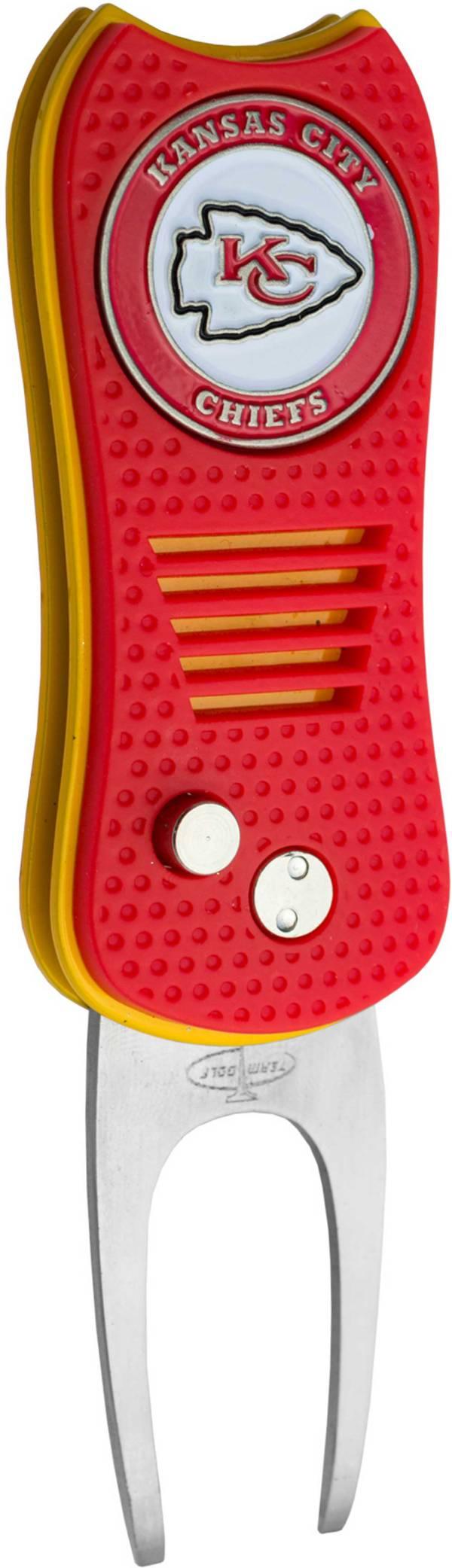 Team Golf Switchfix Kansas City Chiefs Divot Tool product image
