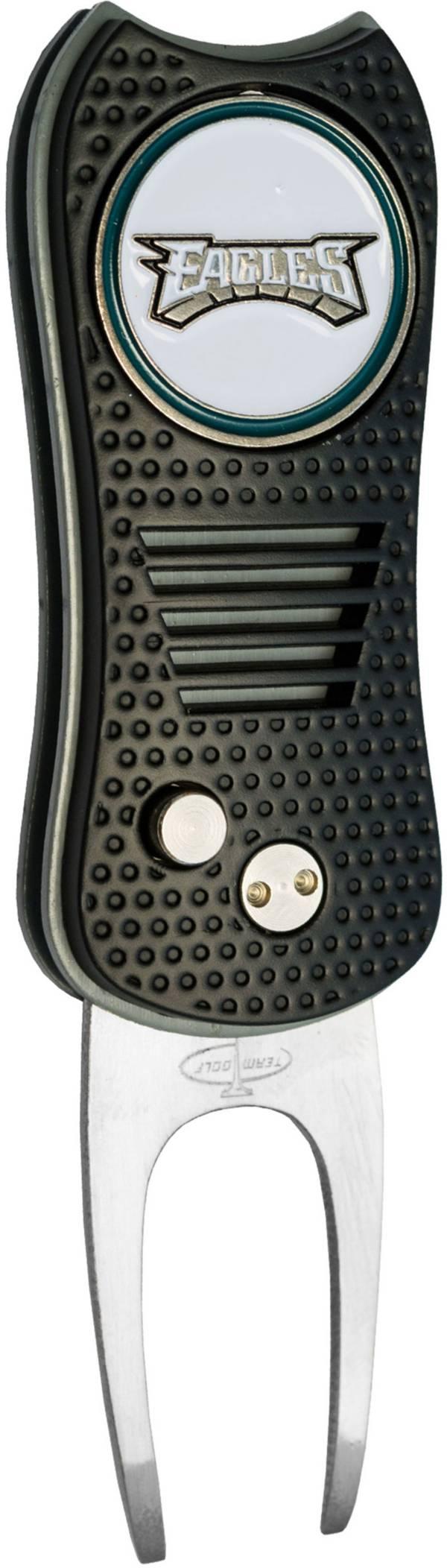 Team Golf Philadelphia Eagles Switchfix Divot Tool product image