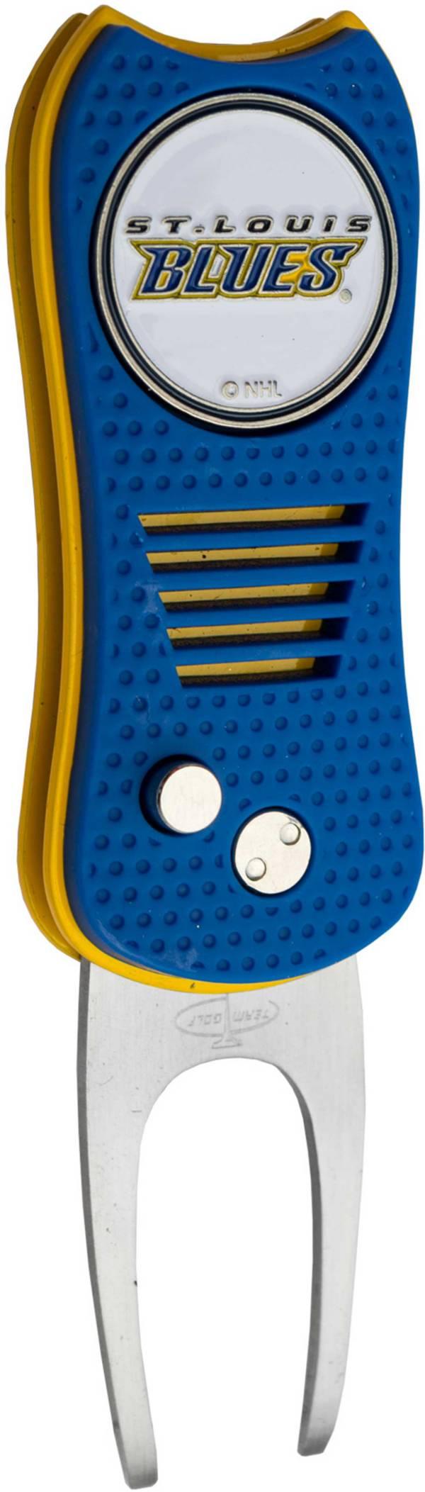 Team Golf Switchfix St. Louis Blues Divot Tool product image