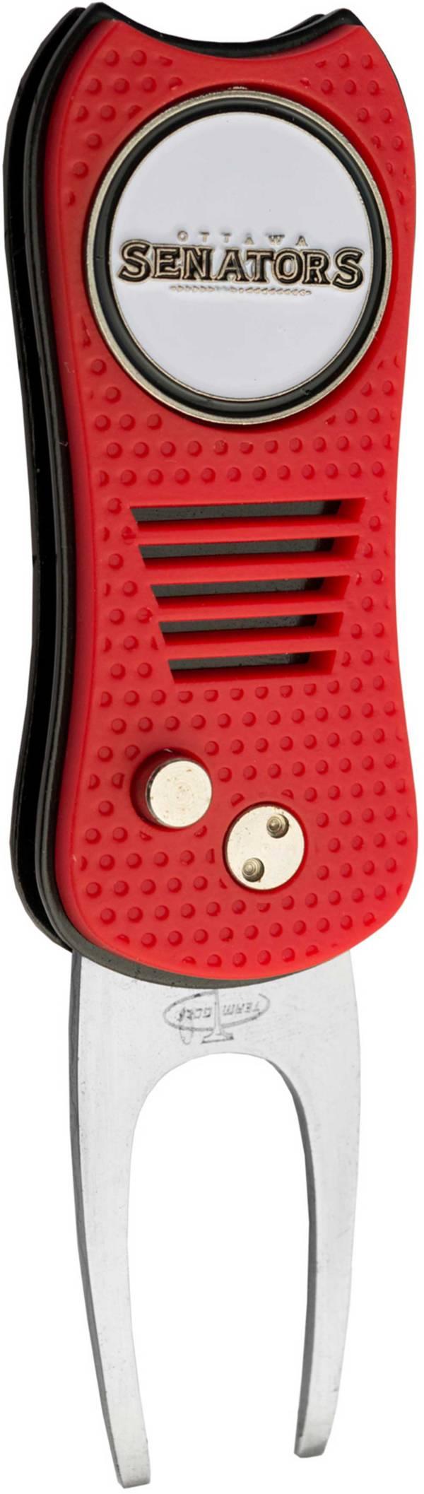Team Golf Switchfix Ottawa Senators Divot Tool product image