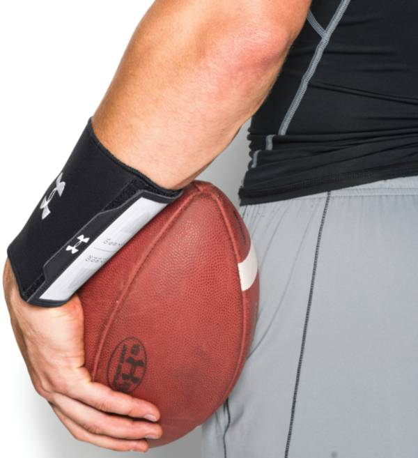 Under Armour Undeniable Wrist Coach product image