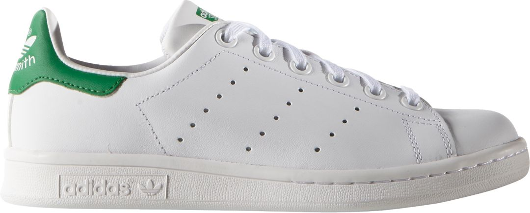 newest collection 7891e 79389 adidas Originals Kids' Grade School Stan Smith Shoes