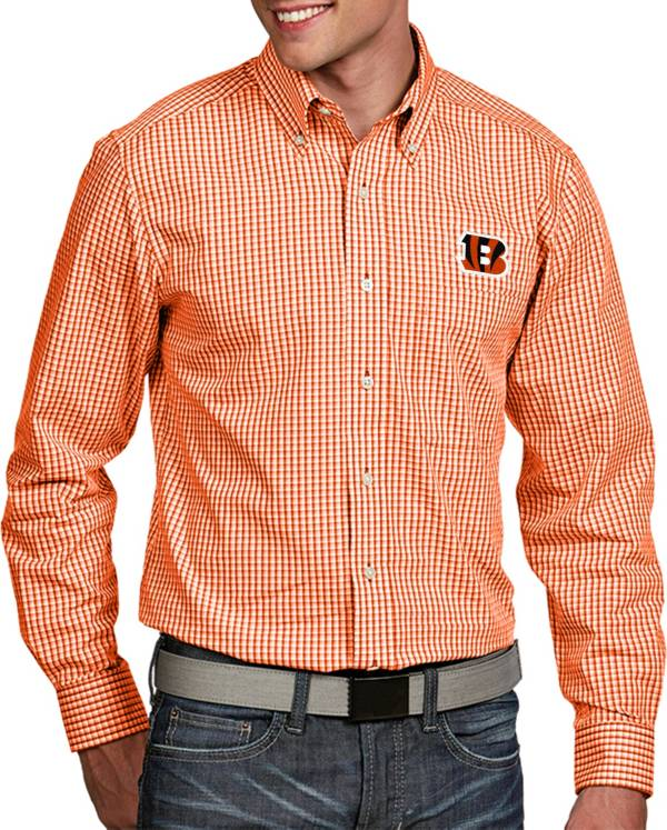 Antigua Men's Cincinnati Bengals Associate Button Down Dress Shirt product image