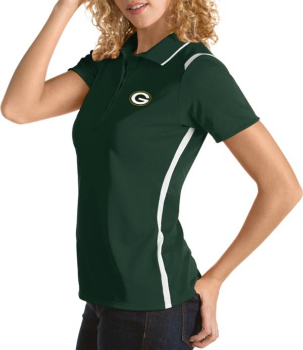 Antigua Women's Green Bay Packers Merit Green Xtra-Lite Pique Polo product image