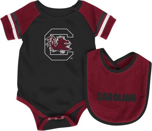 5182fcb01 Colosseum Infant South Carolina Gamecocks Roll-Out Onsie And Bib Set ...