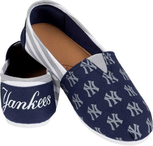 FOCO New York Yankees Striped Canvas Shoes product image