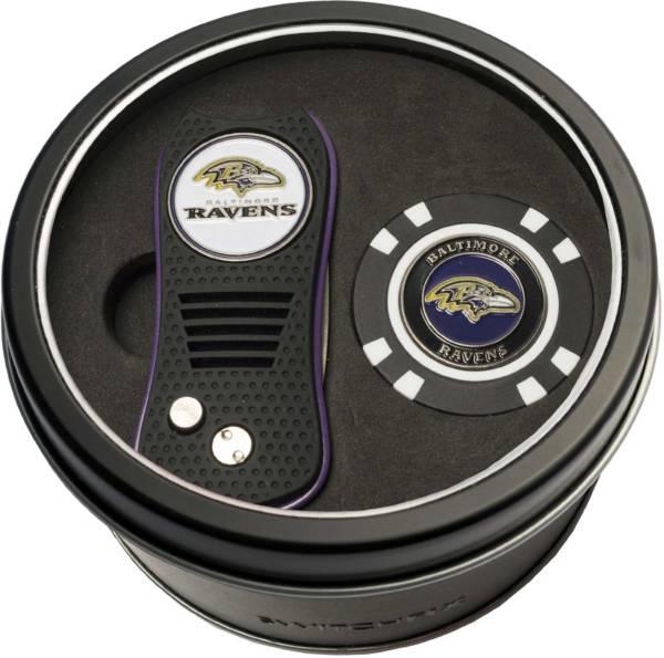 Team Golf Baltimore Ravens Switchfix Divot Tool and Poker Chip Ball Marker Set product image