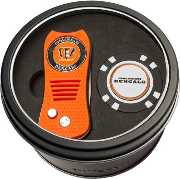 Team Golf Cincinnati Bengals Switchfix Divot Tool and Poker Chip Ball Marker Set product image