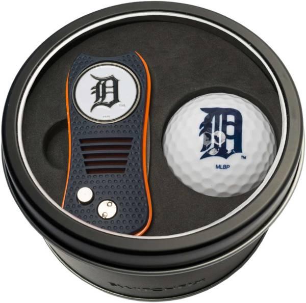 Team Golf Detroit Tigers Switchfix Divot Tool and Golf Ball Set product image