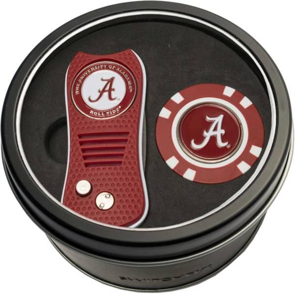 Team Golf Alabama Crimson Tide Switchfix Divot Tool and Poker Chip Ball Marker Set product image