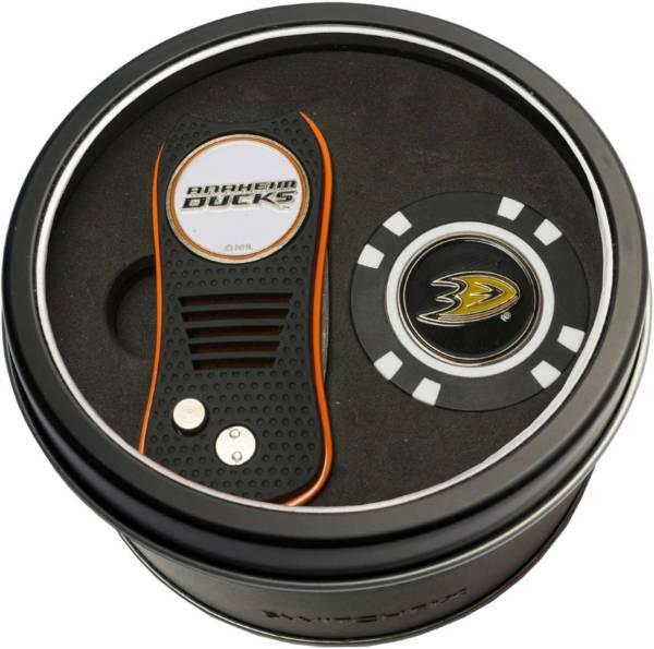 Team Golf Anaheim Ducks Switchfix Divot Tool and Poker Chip Ball Marker Set product image