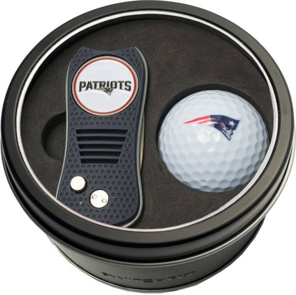 Team Golf New England Patriots Switchfix Divot Tool and Golf Ball Set product image