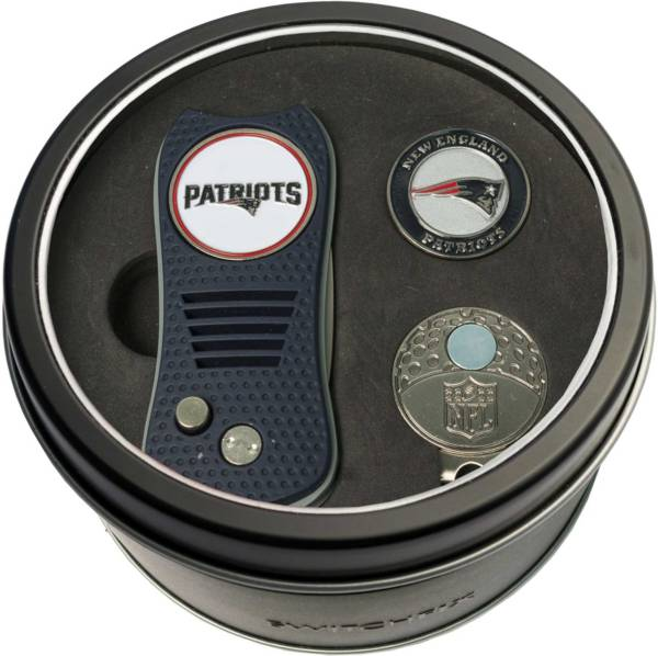 Team Golf New England Patriots Switchfix Divot Tool and Cap Clip Set product image