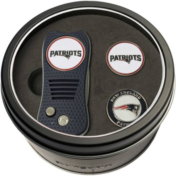 Team Golf New England Patriots Switchfix Divot Tool and Ball Markers Set product image