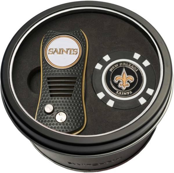 Team Golf New Orleans SaintsSwitchfix Divot Tool and Poker Chip Ball Marker Set product image