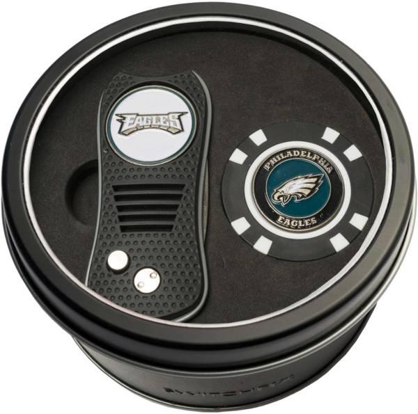 Team Golf Philadelphia Eagles Switchfix Divot Tool and Poker Chip Ball Marker Set product image