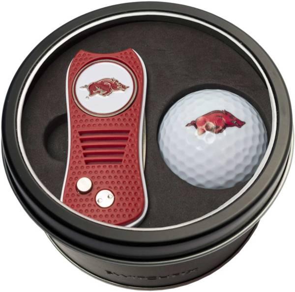 Team Golf Arkansas Razorbacks Switchfix Divot Tool and Golf Ball Set product image