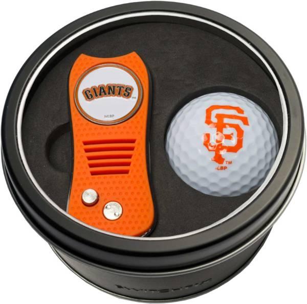 Team Golf San Francisco Giants Switchfix Divot Tool and Golf Ball Set product image