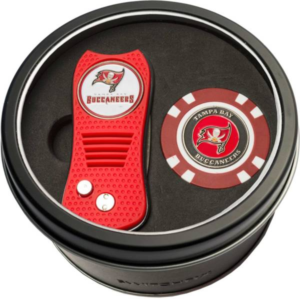 Team Golf Tampa Bay Buccaneers Switchfix Divot Tool and Poker Chip Ball Marker Set product image