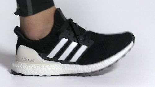 sports shoes 16c5b a002d adidas Men s Ultraboost DNA Running Shoes