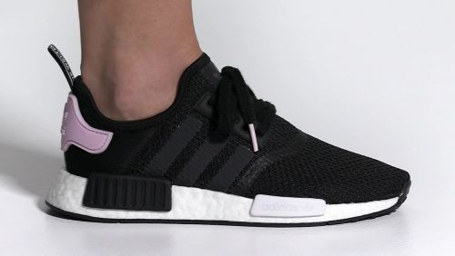 06df2ffc76f9ec adidas Originals Women s NMD R1 shoes