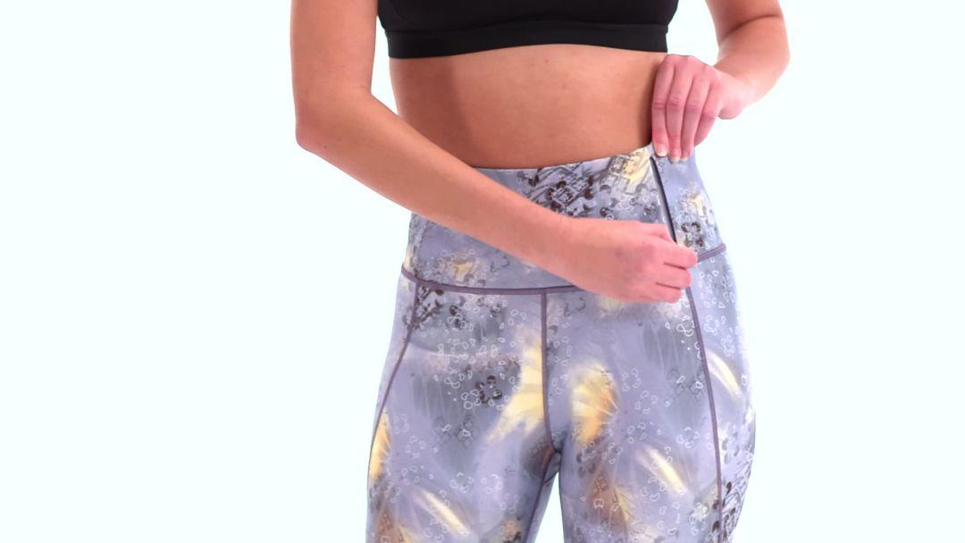 d3da60beba CALIA by Carrie Underwood Women's Essential Printed High Waist Ruched  Leggings 3