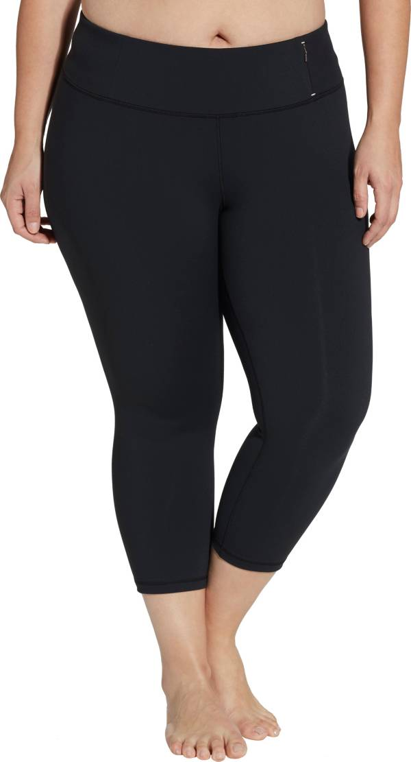 CALIA by Carrie Underwood Women's Plus Size Essential No Seam Mid-Rise Capris product image
