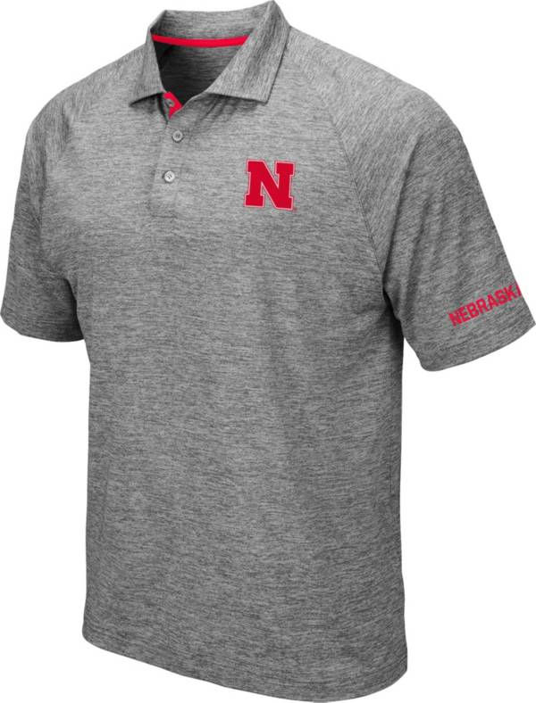 Colosseum Men's Nebraska Cornhuskers Grey Chip Shot Polo product image