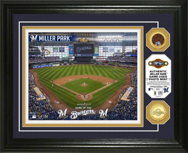 Highland Mint Milwaukee Brewers Dirt Coin Photo Mint product image