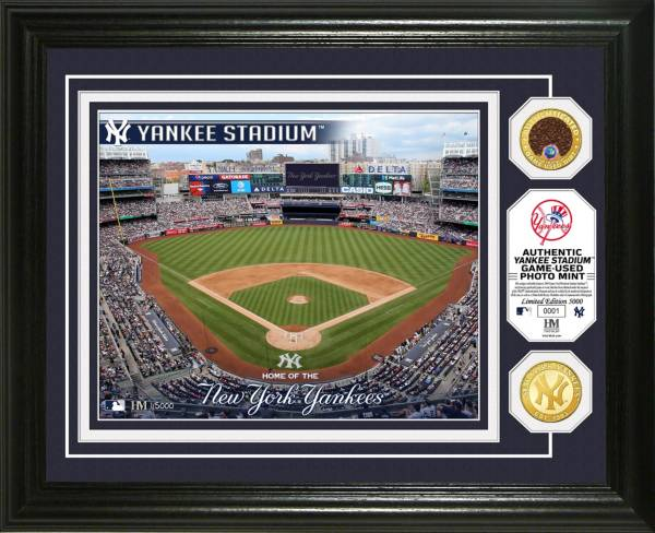 Highland Mint New York Yankees Dirt Coin Photo Mint product image