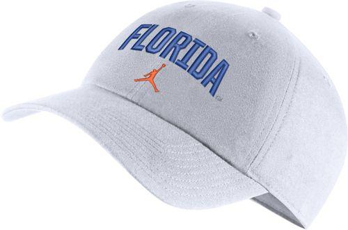 low priced a8cdf 599b3 Jordan Men s Florida Gators Heritage86 Arch Wordmark White Hat