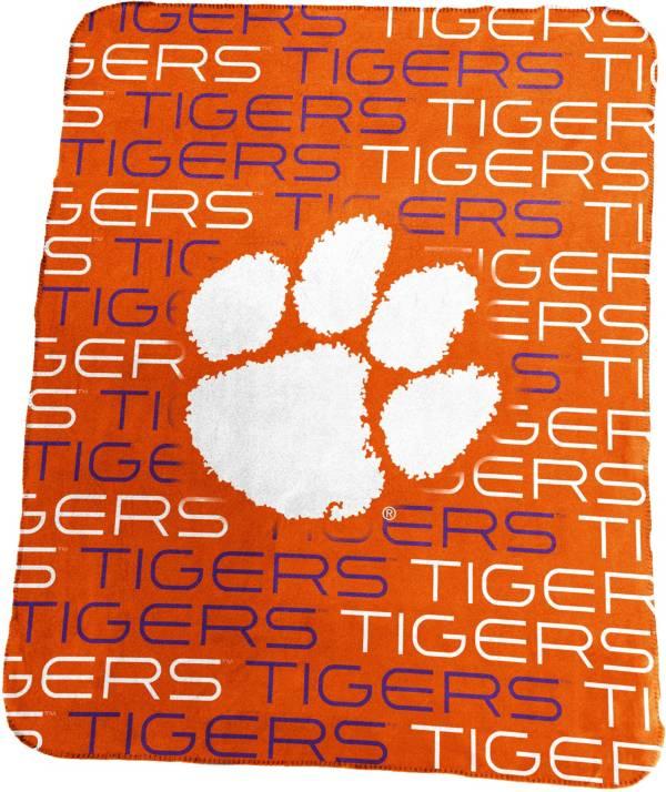 Clemson Tigers 50'' x 60'' Classic Fleece Blanket product image