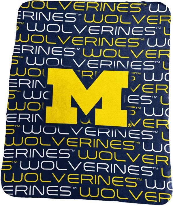 Michigan Wolverines 50'' x 60'' Classic Fleece Blanket product image