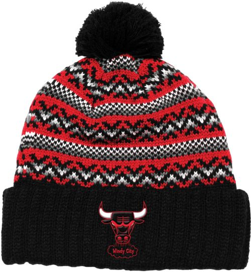 Mitchell   Ness Men s Chicago Bulls Cuffed Knit Hat. noImageFound. Previous d4d3e46f3bd