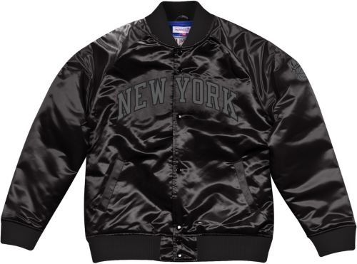 new product fdb5b ce287 Mitchell   Ness Men s New York Knicks Black Satin Jacket