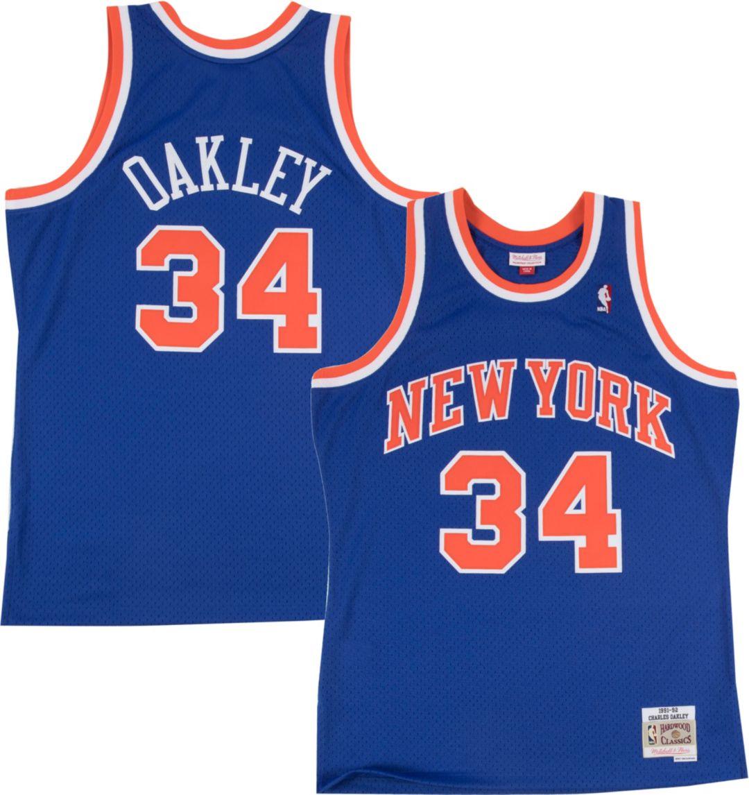 timeless design 2c49c d4092 Mitchell   Ness Men s New York Knicks Charles Oakley  34 Hardwood ...