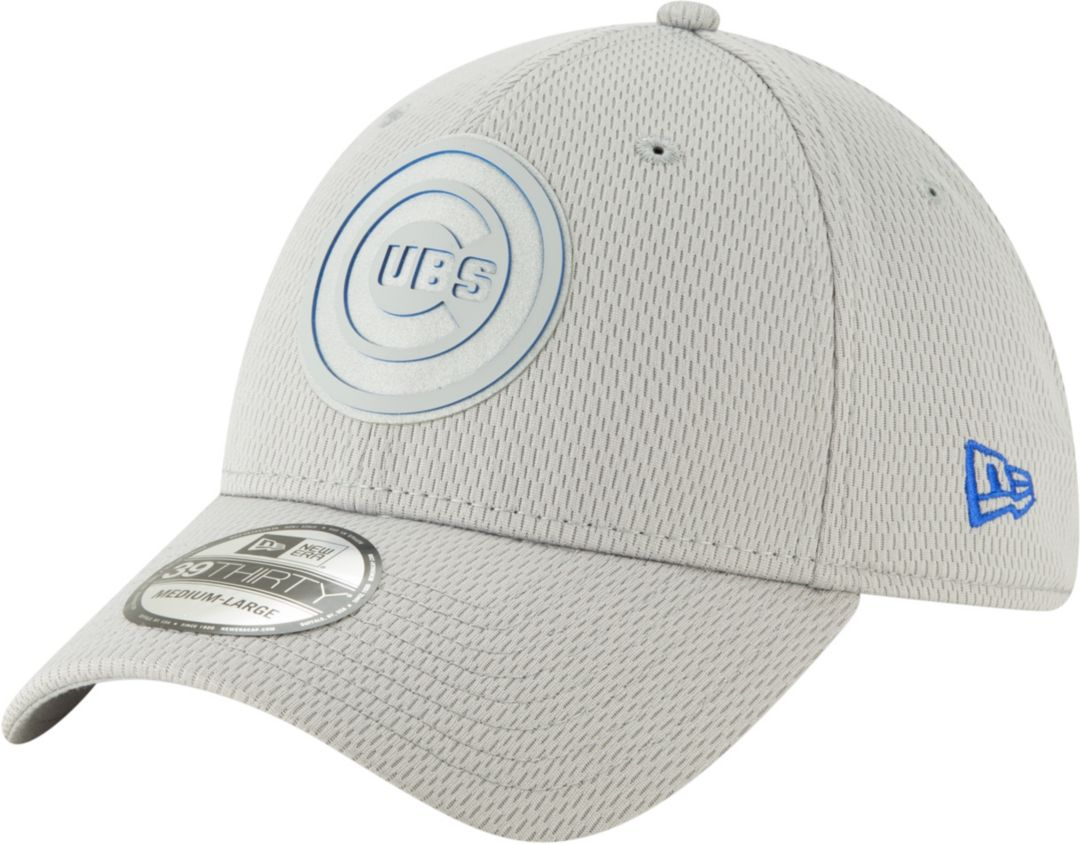 sports shoes 3b7a4 5a53b New Era Men s Chicago Cubs 39Thirty Clubhouse Grey Stretch Fit Hat.  noImageFound. Previous