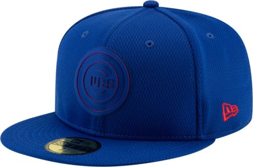 037876c1b4f New Era Men s Chicago Cubs 59Fifty Clubhouse Royal Fitted Hat ...