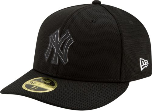 30fca052aa5 New Era Men s New York Yankees 59Fifty Clubhouse Black Fitted Hat.  noImageFound. Previous