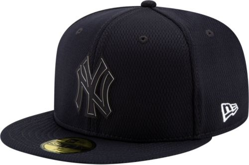 1b773551f5b99 New Era Men s New York Yankees 59Fifty Clubhouse Navy Fitted Hat.  noImageFound. Previous