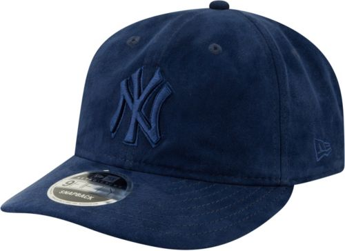66a329145ce New Era Men s New York Yankees 9Fifty Suede Retro Navy Adjustable Snapback  Hat